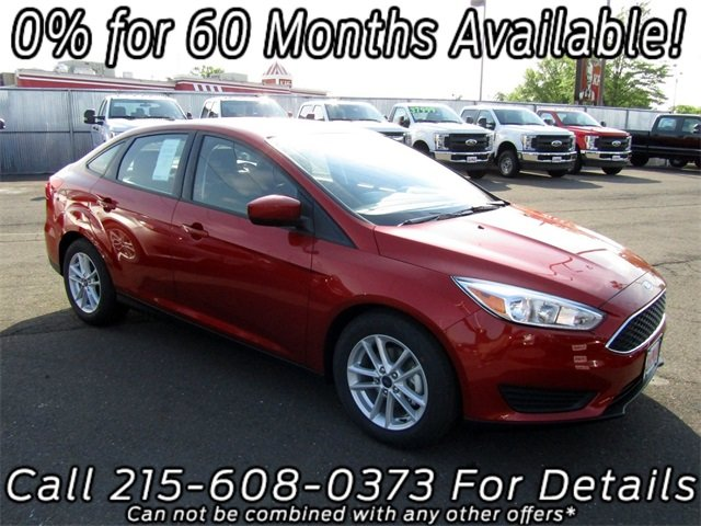 2018 Chili Pepper Red Ford Focus SE FWD Automatic I4 Engine Sedan