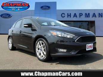 2015 Tuxedo Black Ford Focus SE 4 Door FWD Automatic Hatchback Regular Unleaded I-4 2.0 L/122 Engine