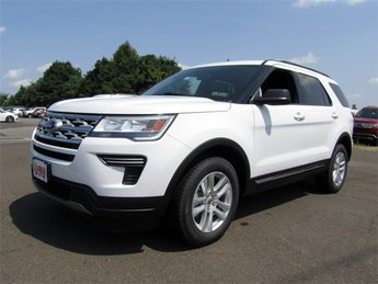 2018 Oxford White Ford Explorer XLT Automatic 4 Door SUV 4X4