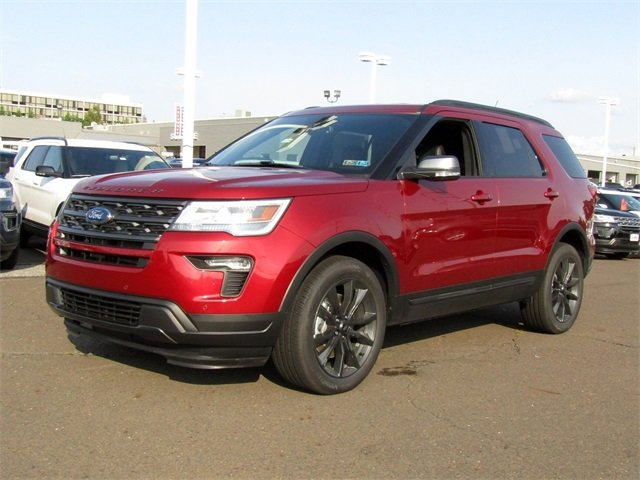 2018 Ruby Red Metallic Tinted Clearcoat Ford Explorer XLT Automatic 4 Door SUV 3.5L V6 Ti-VCT Engine 4X4