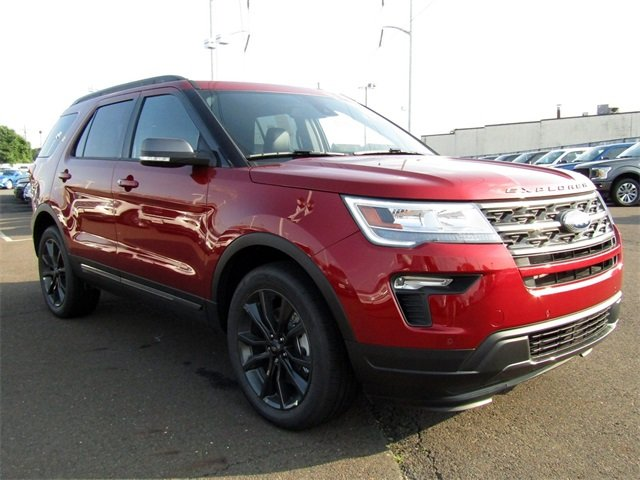 2018 Ford Explorer XLT SUV 4 Door 3.5L V6 Ti-VCT Engine Automatic 4X4