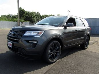 2018 Magnetic Metallic Ford Explorer XLT 4 Door SUV 3.5L V6 Ti-VCT Engine Automatic 4X4