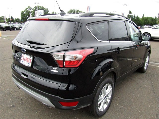 2018 Shadow Black Ford Escape SE EcoBoost 1.5L I4 GTDi DOHC Turbocharged VCT Engine 4 Door SUV Automatic FWD