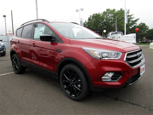 2018 Ford Escape SE SUV FWD EcoBoost 1.5L I4 GTDi DOHC Turbocharged VCT Engine 4 Door