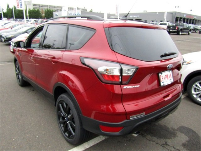 2018 Ford Escape SE EcoBoost 1.5L I4 GTDi DOHC Turbocharged VCT Engine FWD 4 Door