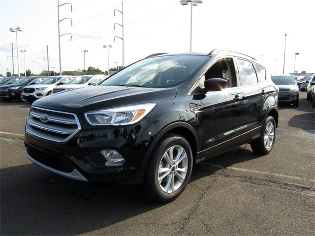 2018 Ford Escape SE EcoBoost 1.5L I4 GTDi DOHC Turbocharged VCT Engine SUV FWD 4 Door