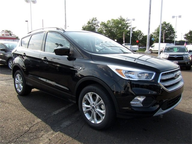 2018 Shadow Black Ford Escape SE SUV FWD EcoBoost 1.5L I4 GTDi DOHC Turbocharged VCT Engine Automatic