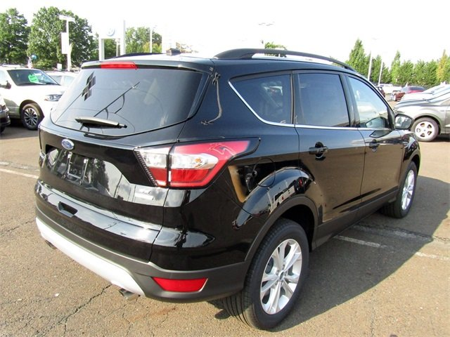 2018 Shadow Black Ford Escape SE SUV EcoBoost 1.5L I4 GTDi DOHC Turbocharged VCT Engine Automatic 4 Door FWD