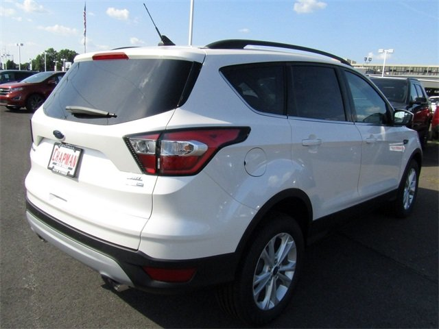 2018 White Platinum Metallic Tri-Coat Ford Escape SEL 4 Door EcoBoost 1.5L I4 GTDi DOHC Turbocharged VCT Engine 4X4 Automatic