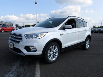 2018 White Platinum Metallic Tri-Coat Ford Escape SEL 4X4 EcoBoost 1.5L I4 GTDi DOHC Turbocharged VCT Engine SUV Automatic 4 Door