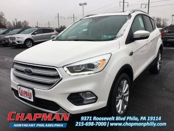 2018 White Platinum Metallic Tri-Coat Ford Escape Titanium Automatic 4 Door Intercooled Turbo Premium Unleaded I-4 2.0 L/121 Engine