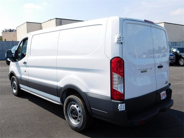 2018 Oxford White Ford Transit-150 Base 3.7L V6 Ti-VCT 24V Engine 3 Door RWD