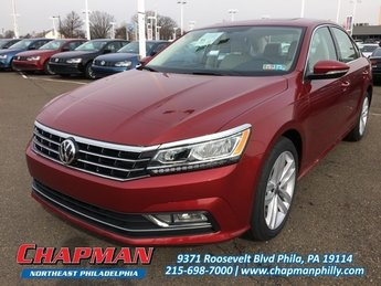 2018 Fortana Red Metallic Volkswagen Passat 2.0T SE Sedan Intercooled Turbo Regular Unleaded I-4 2.0 L/121 Engine Automatic 4 Door
