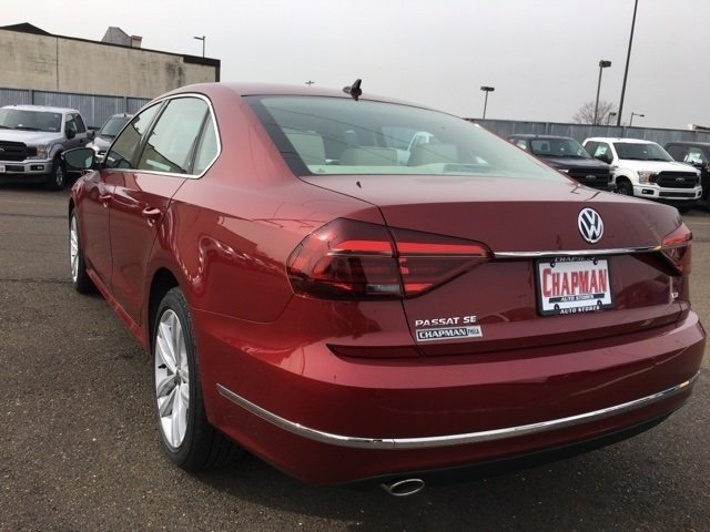 2018 Volkswagen Passat 2.0T SE FWD 2.0L TSI Engine Sedan 4 Door Automatic