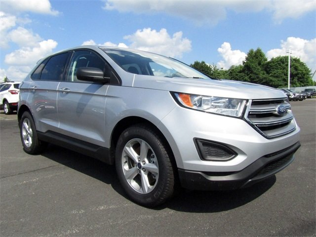 2018 Ingot Silver Metallic Ford Edge SE 4 Door AWD Automatic EcoBoost 2.0L I4 GTDi DOHC Turbocharged VCT Engine