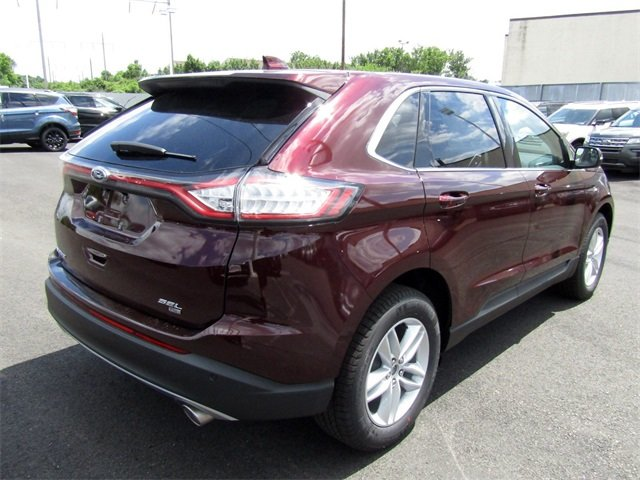 2018 Burgundy Velvet Metallic Tinted Clearcoat Ford Edge SEL 3.5L V6 Ti-VCT Engine SUV Automatic 4 Door