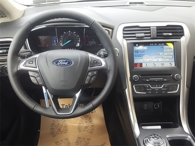 2018 Ford Fusion SE FWD 4 Door EcoBoost 1.5L I4 GTDi DOHC Turbocharged VCT Engine