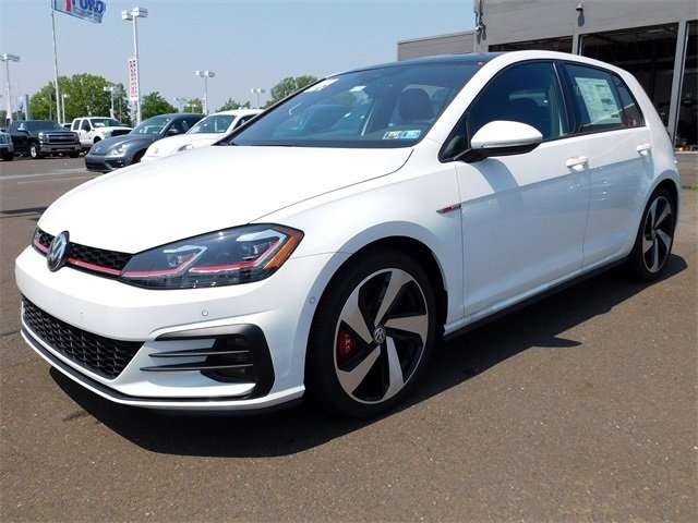2018 White Volkswagen Golf GTI 2.0T S 4 Door Hatchback 2.0L TSI Engine Manual