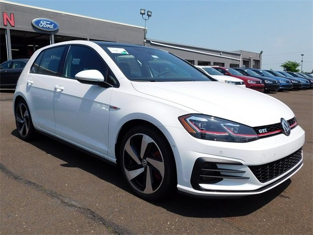 2018 Volkswagen Golf GTI 2.0T S Hatchback Manual 4 Door FWD