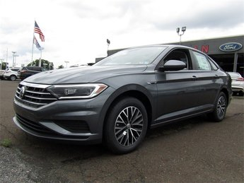 2019 Platinum Gray Metallic Volkswagen Jetta SEL Sedan 1.4L TSI Engine FWD Automatic