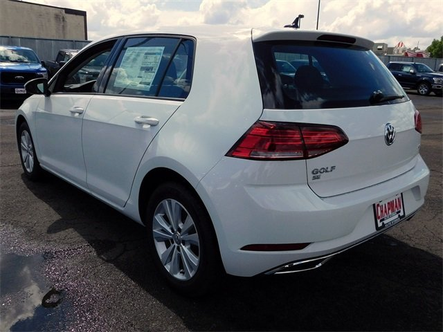 2018 Volkswagen Golf TSI SE 4-Door Automatic FWD Hatchback 1.8L 4-Cylinder TSI DOHC 16V Turbocharged Engine 4 Door