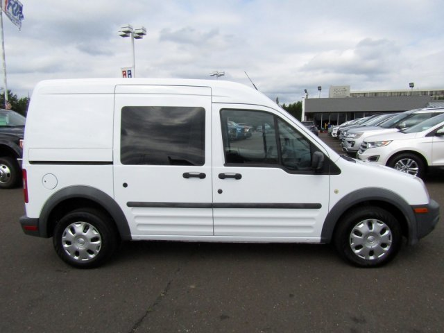 2011 Ford Transit Connect XL FWD 4 Door Gas I4 2.0L/122 Engine Van Automatic