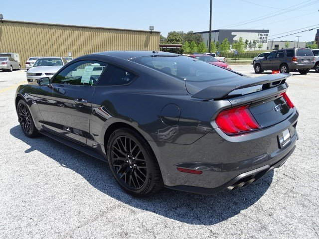 2019 Ford Mustang GT Premium 2 Door RWD Coupe Premium Unleaded V-8 5.0 L/302 Engine