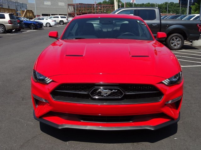 2019 Race Red Ford Mustang EcoBoost Premium Intercooled Turbo Premium Unleaded I-4 2.3 L/140 Engine RWD 2 Door Coupe