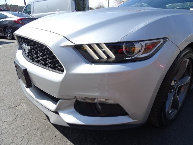 2017 Ingot Silver Metallic Ford Mustang EcoBoost Automatic RWD Intercooled Turbo Premium Unleaded I-4 2.3 L/140 Engine Coupe 2 Door