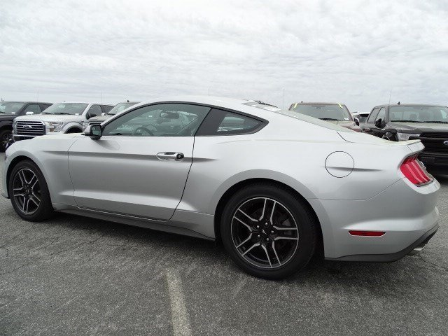 2018 Ford Mustang EcoBoost 2 Door RWD Automatic Intercooled Turbo Premium Unleaded I-4 2.3 L/140 Engine Coupe