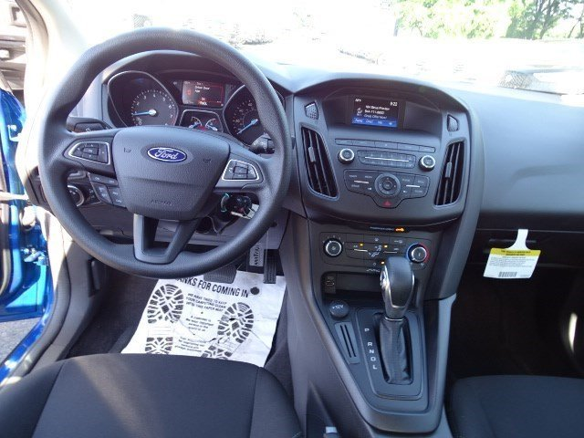 2018 Ford Focus SE 4 Door Regular Unleaded I-4 2.0 L/122 Engine Sedan FWD