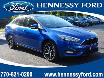 2018 Lightning Blue Metallic Ford Focus SEL Regular Unleaded I-4 2.0 L/122 Engine 4 Door Manual Sedan