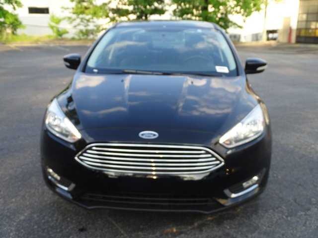 2018 Ford Focus Titanium Regular Unleaded I-4 2.0 L/122 Engine Sedan 4 Door Automatic FWD