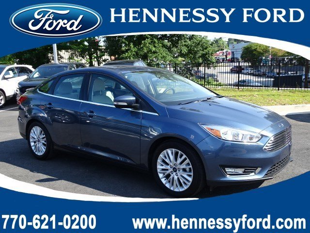 2018 Ford Focus Titanium Sedan FWD Manual