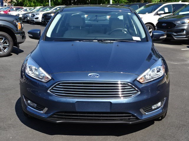 2018 Blue Metallic Ford Focus Titanium Regular Unleaded I-4 2.0 L/122 Engine 4 Door Manual