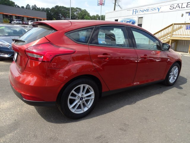 2018 Ford Focus SE Manual Regular Unleaded I-4 2.0 L/122 Engine FWD