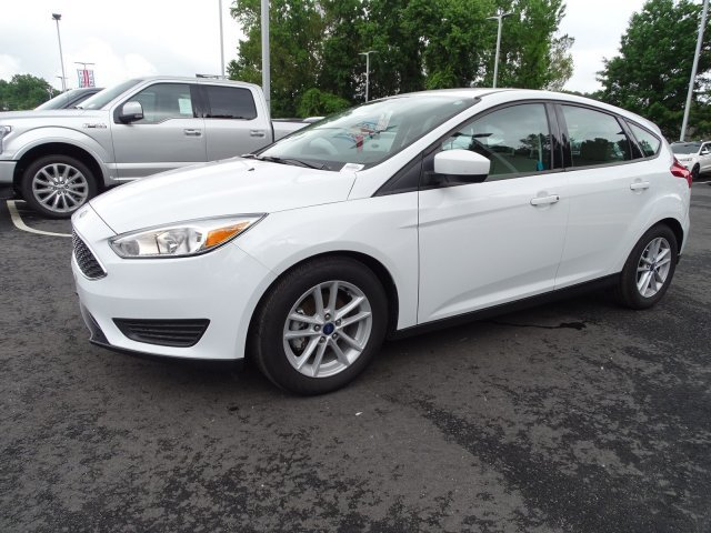 2018 Ford Focus SE Regular Unleaded I-4 2.0 L/122 Engine Manual FWD Hatchback