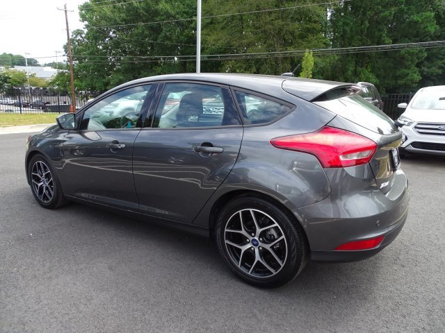 2018 Ford Focus SEL FWD Hatchback Regular Unleaded I-4 2.0 L/122 Engine Automatic 4 Door