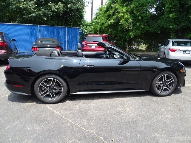 2018 Shadow Black Ford Mustang EcoBoost Premium Intercooled Turbo Premium Unleaded I-4 2.3 L/140 Engine Convertible 2 Door RWD
