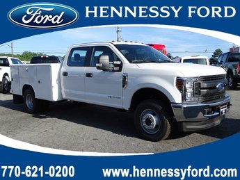 2019 Oxford White Ford Super Duty F-350 DRW XL 4 Door Truck Intercooled Turbo Diesel V-8 6.7 L/406 Engine
