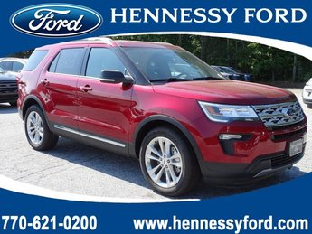 2019 Ruby Red Metallic Tinted Clearcoat Ford Explorer XLT SUV Automatic FWD Regular Unleaded V-6 3.5 L/213 Engine