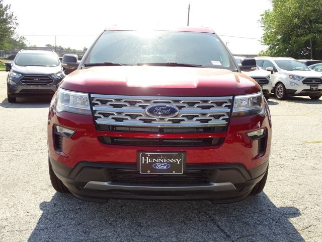 2019 Ruby Red Metallic Tinted Clearcoat Ford Explorer XLT FWD Regular Unleaded V-6 3.5 L/213 Engine 4 Door Automatic SUV