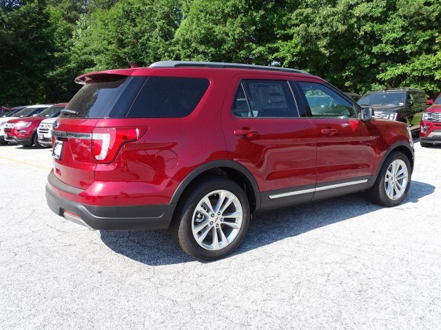 2019 Ruby Red Metallic Tinted Clearcoat Ford Explorer XLT SUV Regular Unleaded V-6 3.5 L/213 Engine FWD