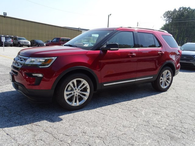 2019 Ruby Red Metallic Tinted Clearcoat Ford Explorer XLT 4 Door SUV Regular Unleaded V-6 3.5 L/213 Engine FWD Automatic