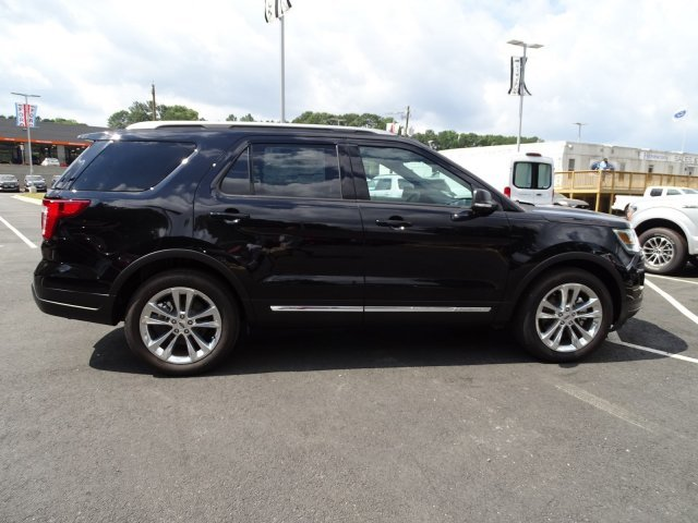 2019 Agate Black Metallic Ford Explorer XLT Automatic 4 Door SUV