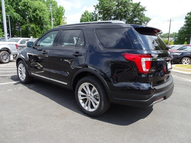 2019 Ford Explorer XLT 4 Door FWD Regular Unleaded V-6 3.5 L/213 Engine Automatic
