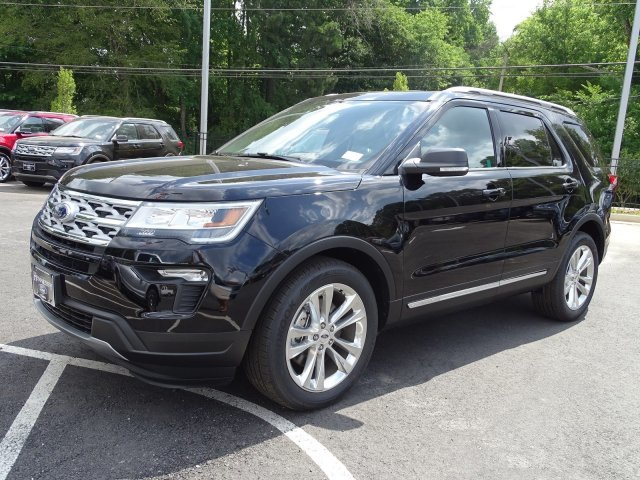 2019 Agate Black Metallic Ford Explorer XLT FWD Automatic 4 Door