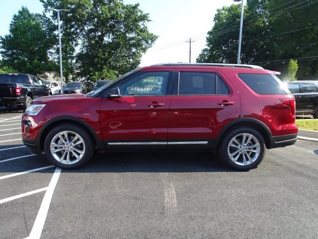 2019 Ruby Red Metallic Tinted Clearcoat Ford Explorer XLT 4 Door FWD SUV Regular Unleaded V-6 3.5 L/213 Engine Automatic