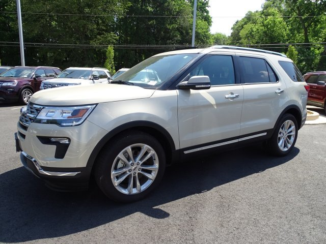 2018 Platinum Dune Metallic Tri-Coat Ford Explorer Limited 4 Door Intercooled Turbo Premium Unleaded I-4 2.3 L/140 Engine FWD