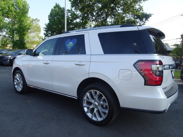 2019 White Platinum Metallic Tri-Coat Ford Expedition Limited RWD Automatic SUV